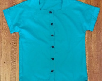Teal short sleeved blouse with buttons