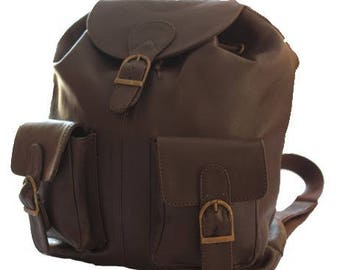 Great backpack with practical quality leather and solid dark brown