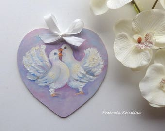 HEART Wedding decoration White pigeons Hand painted on wooden panel Birds home decor Valentines gift