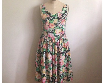 Vintage floral sleeveless summer dress