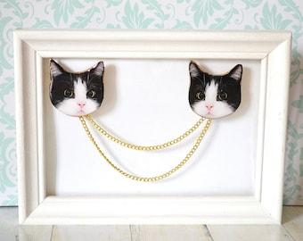 Tuxedo cat , cat brooch , black and white cat , cat lady gift  , tuxedo cat accessory ,  cat collar clip ,
