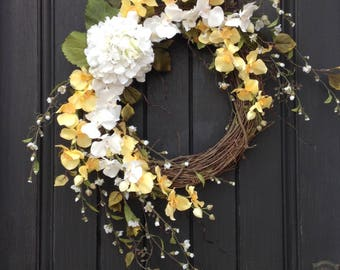 Spring Wreath  Summer Wreath  Grapevine Door Wreath Decor Yellow White  Wispy Branches Floral Door