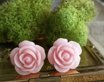 Flower Plugs, Wedding Gauges, Prom Gauges, Light Pink Roses