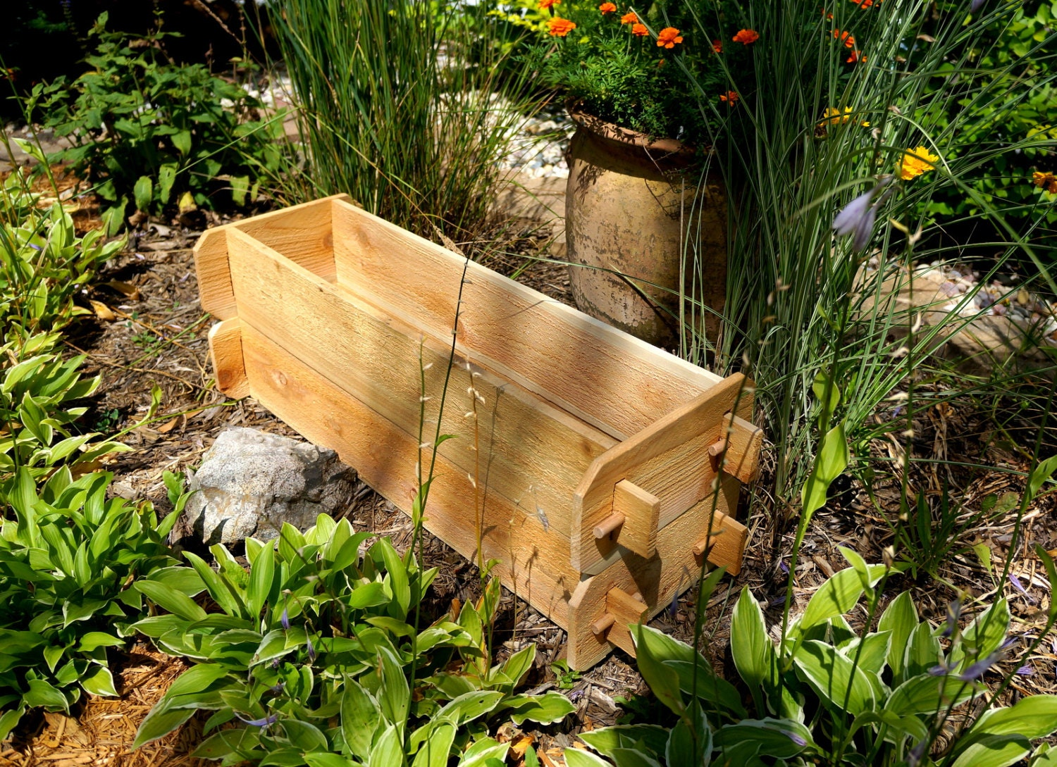 building cedar solutions design the ecostructsustainable from if landscape planter img