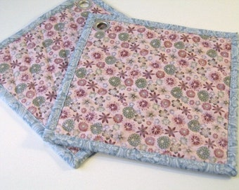 Quilted fabric hot pads