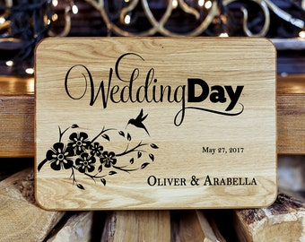 Cutting board Wedding gift Bridal Shower Gift Gift for bride and groom Personalized Cutting Board Personalized Wedding gift for couple