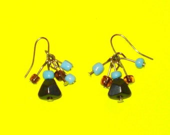 Vintage 1990s Blue and Cranberry Beaded Drop Cluster Earrings
