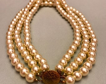Vintage Triple strand Faux Pearl Necklace w/ clasp