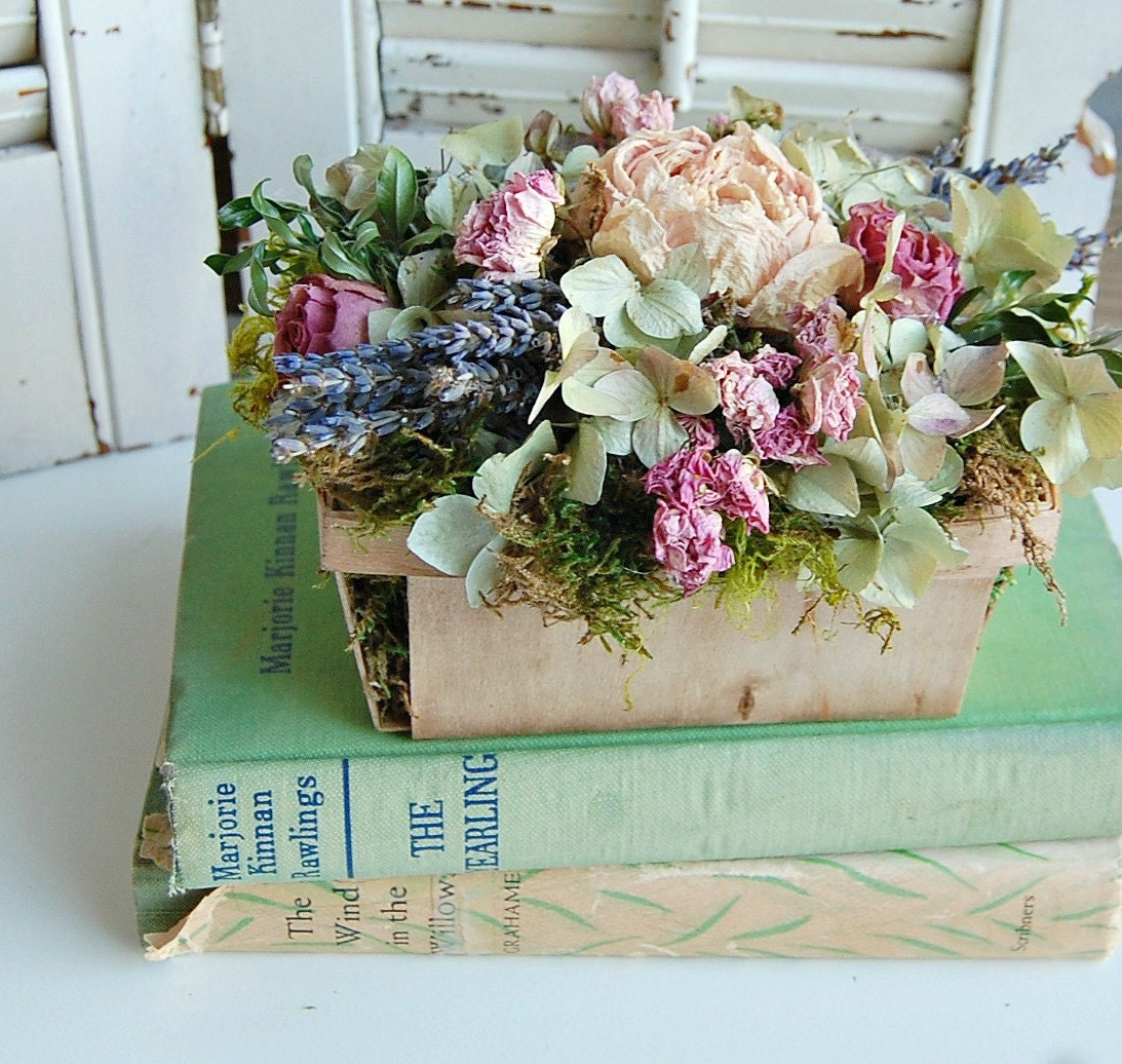 Spring Dried Flower Arrangement Shabby Cottage Dried Floral