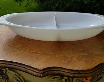 Pyrex True Opal 1063 Divided Dish