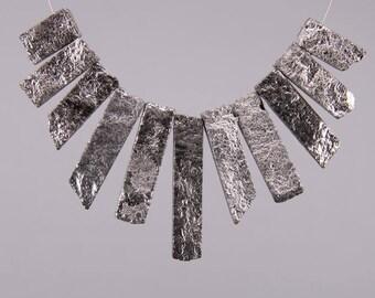 11 Pcs/Strand Silver Titanium Red Aventurine Graduated Slice Beads Craft Necklace Set, Rough Raw Stone Top Drilled Tusk Spike Pendants