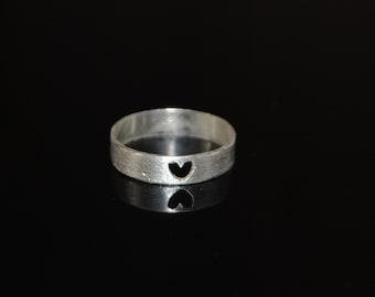 Simple Heartbeat Ring