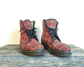 Doc Martens, Mens UK Size 9, Made in England, Vintage Dr Martens, Combat Boots, Tartan Shoes, Red Plaid Boots
