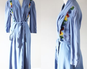 1930s floral robe // 1930s light blue robe // vintage robe
