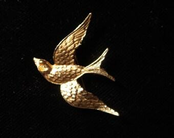 Vintage gold bird pin