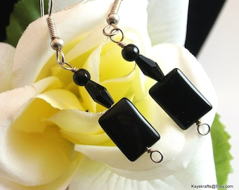 Black Lucite Dangle Earrings, Vintage Black Earrings, Black Dangle Earrings With French Hooks, 1970 Black Earrings