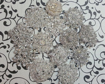 DIY Brooch Bouquet Kit - Broach Bouquet Kit - Wedding Bouquet Kit - Broach Lot - Brooch Lot - Bridal Bouquet - Creates Petite-Medium Bouquet