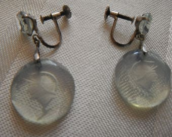 Pair of unusual clip-on earrings engraved droplets of glass of Centurian soldier head
