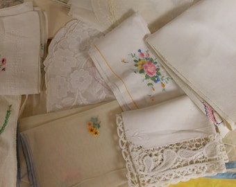 Lot over 20 items, linens mix of cotton, sheer, linen, blends, tea towels, table cover cushion cover etc