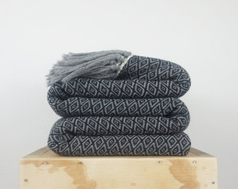 Textured blanket black and grey, Diamond pattern Large bedspread wool woven