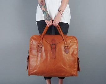 The Vagabond Extra Large in Tan: Vintage style brown leather holdall duffle duffel weekend bag carry on flight cabin luggage unisex womens