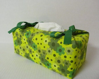 Tissue Box Cover/Green Flower