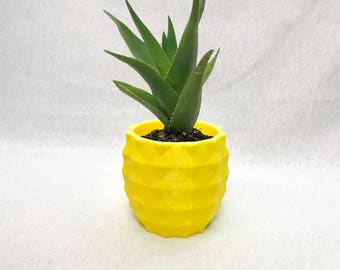 Pineapple planter/geometric planter/pineapple decor/succulent/mothers day gift/gift for her/modern planter/air plant/indoor planter