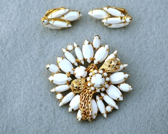 Milk Glass Brooch and Earrings Prong Set Vintage