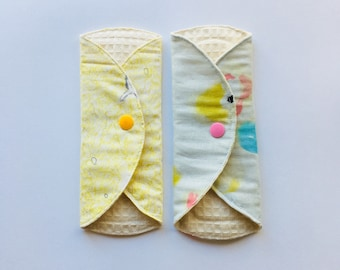 "SET OF 2, 7"" Organic Cloth Panty Liner, Cloth Pads light,Mama Cloth, Mama pads, Reusable Cloth Pad, Moon Pads"