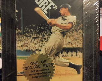 1993 Score Joe DiMaggio 30 Card Pinnacle Collector Set in Tin Never Opened + Authenticator Lens