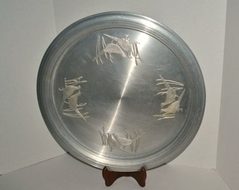 Vintage West Bend Large Aluminum Serving Platter, Mid Century Round Pheasant Aluminum 18 inch Serving Tray, Made in USA