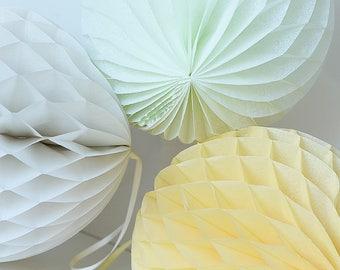 Tissue paper honeycombs set / round paper lanterns- pastel decorations - wedding party decorations