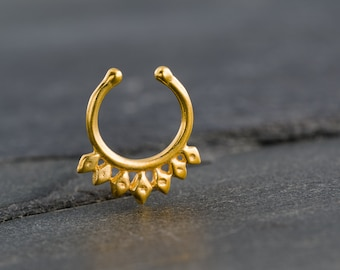Fake Gold Septum Ring For Non Pierced Nose. Tiny fake septum jewelry. Indian Septum Ring. Tribal Septum Ring