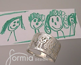 Kids art ring, family portrait cut out in silver!