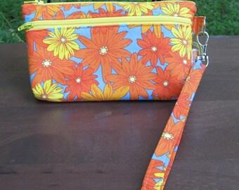 READY to SHIP-Wristlet/Wallet/Zipper Bag-Bright Orange & Yellow Daisies