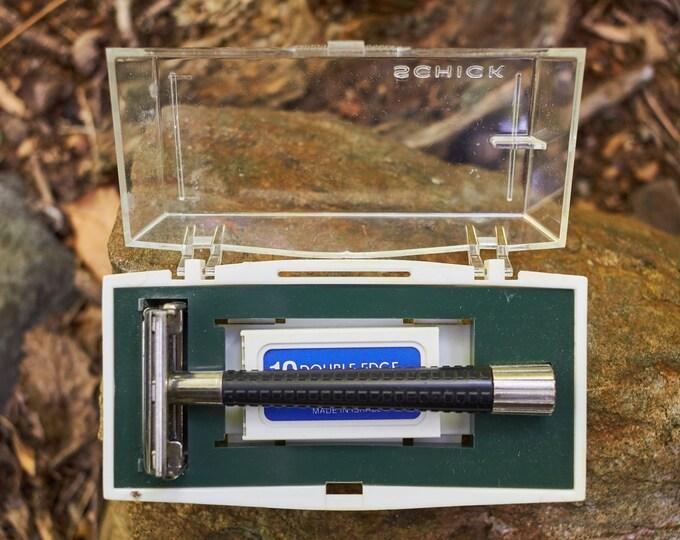 Vintage Schick safety Razor in original box