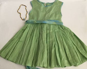 Vintage Little Girls Dress and Necklace Set 1950 Pleated 2-5t