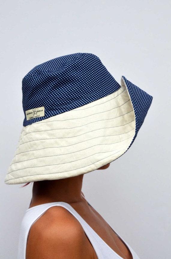 Breiter Krempe sommerhut, Sonnenhut, Wendemütze, faltbaren Sonnenhut, Reise-Hut, Creme Hut, navy blau Polka, Baumwolle Mütze, Boho Hut