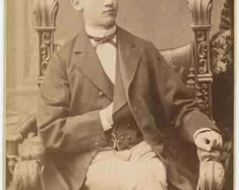 vintage photo 1873 CDV Young Man dated Danzif German Mason Masonic Hand Gesture