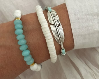 bohemian jewelry, feather bracelet stack, boho style faux suede bracelet, beach gypsy jewelry