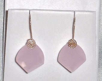 26 cts Natural Fancy cut Rose Quartz, 14kt yellow gold Pierced Earrings