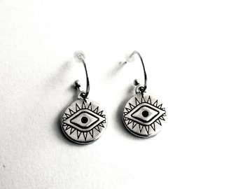 Silver evil eye earrings, Hoops with evile eye, Evile eye coin earrings, Protection jewelry, Silver coin hoops, Everyday jewelry