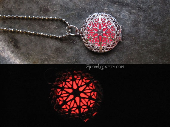 Glow Locket Pink and Silver Plated Filigree