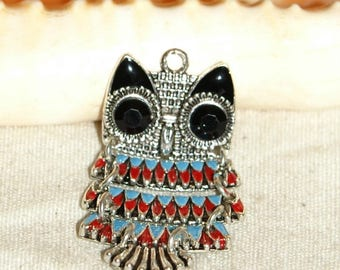 X 1 OWL pendant articulated and painted in Tibetan silver 40 X 20 mm