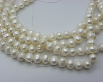 set of 64 beads Baroque natural of 6-7 mm cultured white pearls for earrings baroque