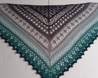 crocheted ' edlothia' shawl