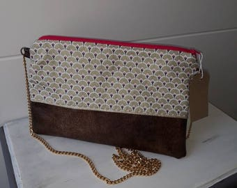 Gold patterns with chain strap bag / purse / pouch