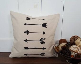 Tribal Arrows Pillow Cover. Burlap Pillow Cover. Zipper enclosure. Rustic home decor. Rustic Chic.