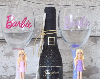 Barbie Glitter Wine Glass - Glitter Glass - Barbie Gifts - Barbie Wine Glasses - Barbie Gift - Glitter Glasses - Barbie Wine Glass