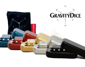 2 Gravity dice with matching case